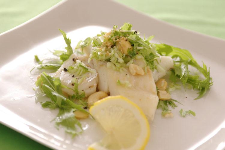 水菜ナッツ純白ソースの魚ソテー