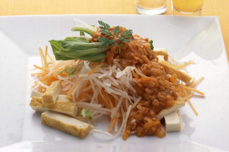大根サラダ(納豆キムチドレッシング)