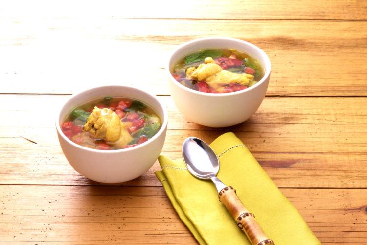 鶏とレタスのスープ