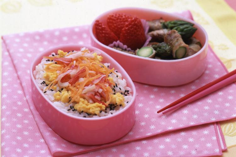 かんたん!ちらし寿司とアスパラの豚肉巻きソテー