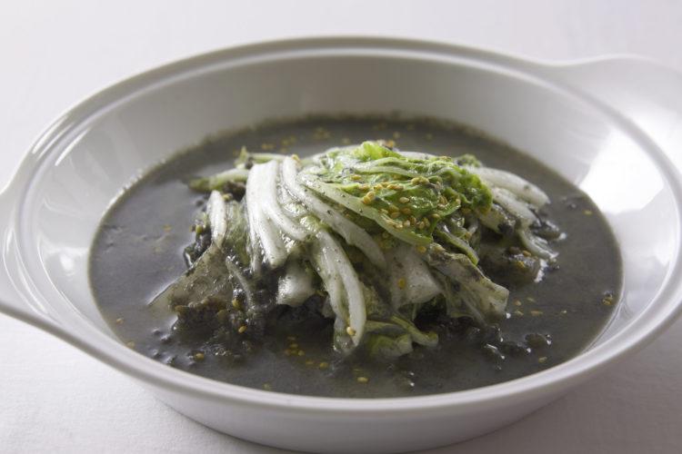 白菜のねりごま豆乳スープ
