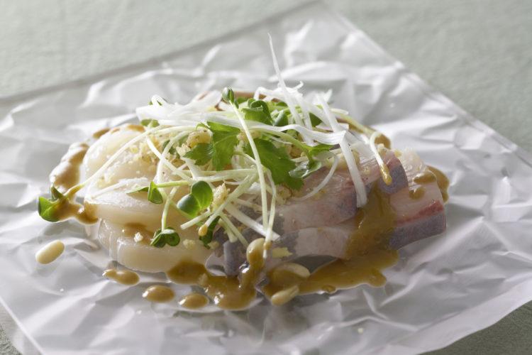 海の幸ごま風味サラダ
