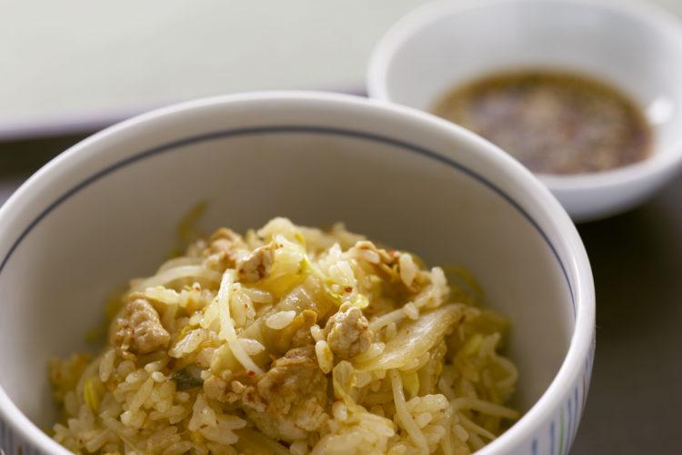 キムチと大豆もやしの炊き込みご飯
