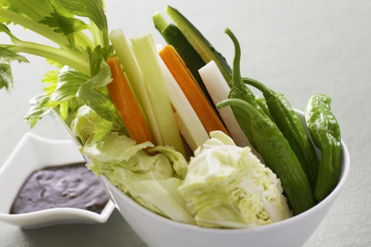 サムジャンと野菜スティック