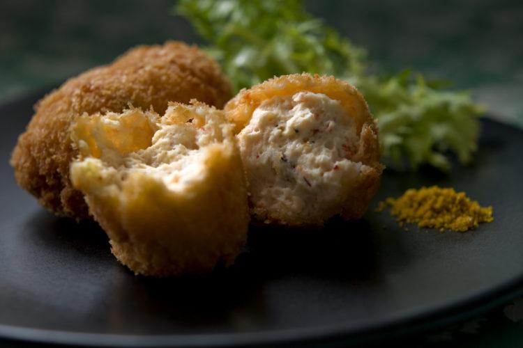 豆腐とえびのふんわりコロッケ