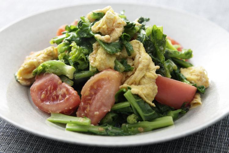 菜の花・トマト・卵の炒め物