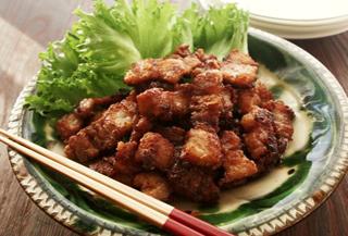 ピリ辛さっぱり豚バラ肉のカリカリ揚げ