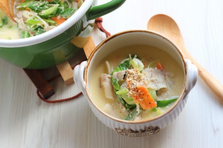 ねりごま香る中華風野菜たっぷりスープ