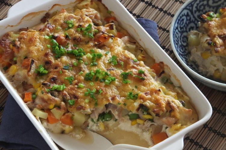 鶏とチョップド具材のごまごま豆腐グラタン