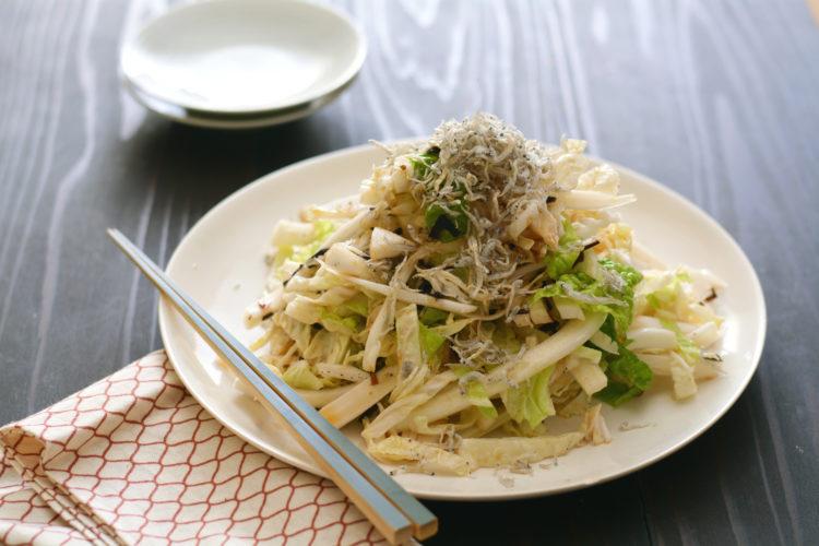 純白塩昆布ドレッシングの白菜サラダ