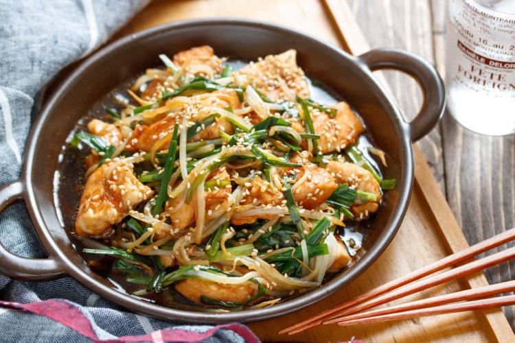 鶏むね肉の中華レンジ蒸し