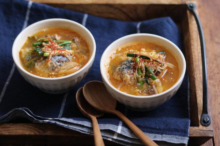 さば缶キムチのピリ辛ごま味噌スープ