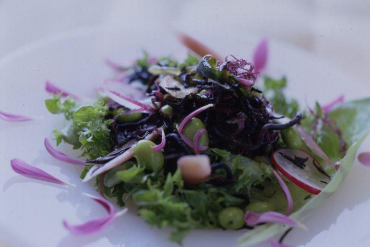 ひじきと海藻のミネラルサラダ